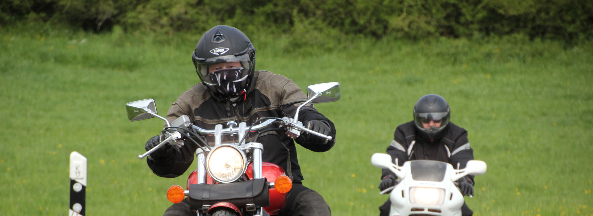 Motorrijschool Motorrijbewijspoint Oud Gastel motorrijlessen