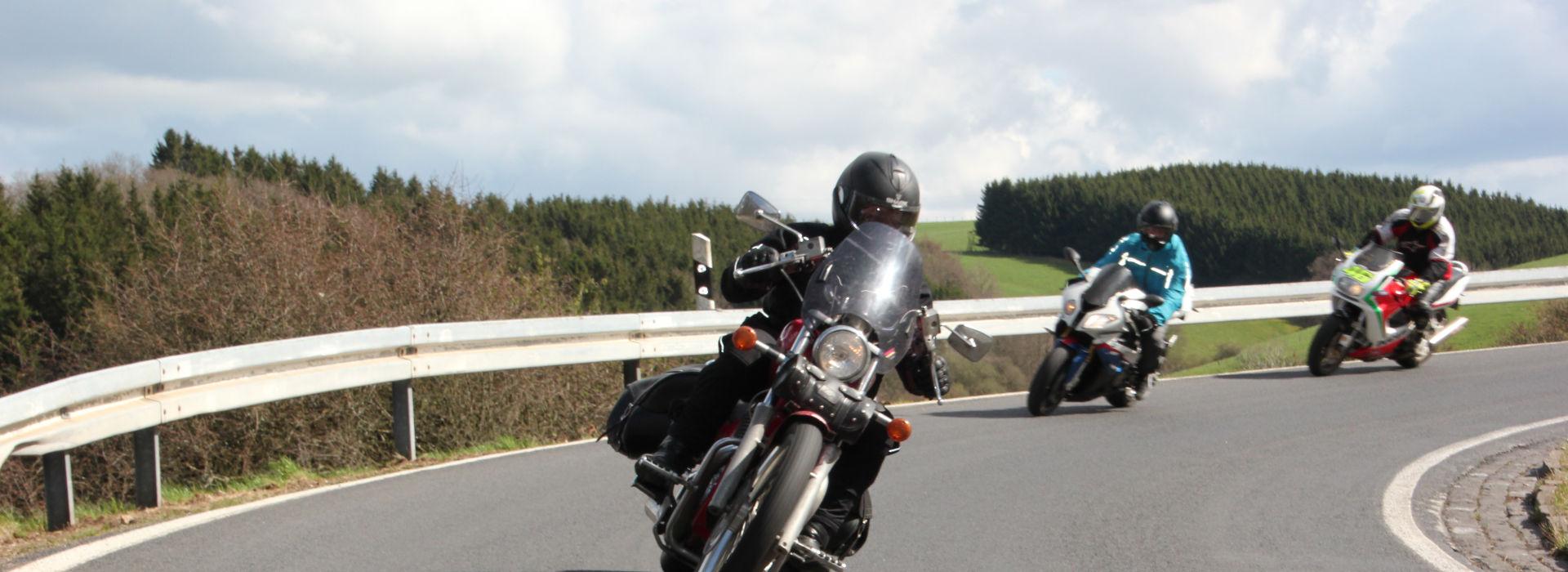 Motorrijschool Motorrijbewijspoint Sint Willebrord motorrijlessen